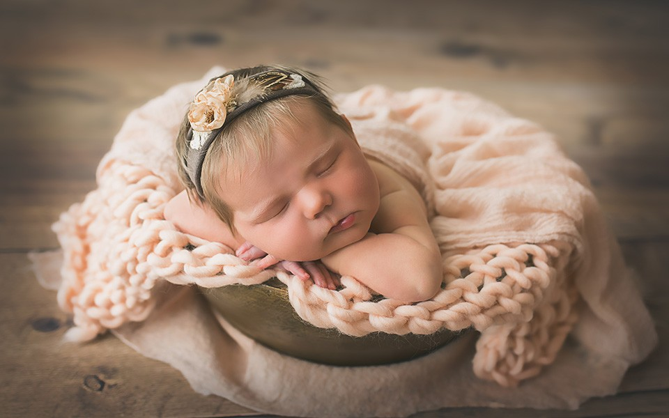 Bethesda-Newborn-Photographer-Carrie-Collins-Photography-2 copy