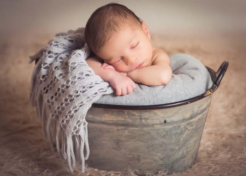 Bethesda Newborn Photographer carrie-collins-photography-12.jpg