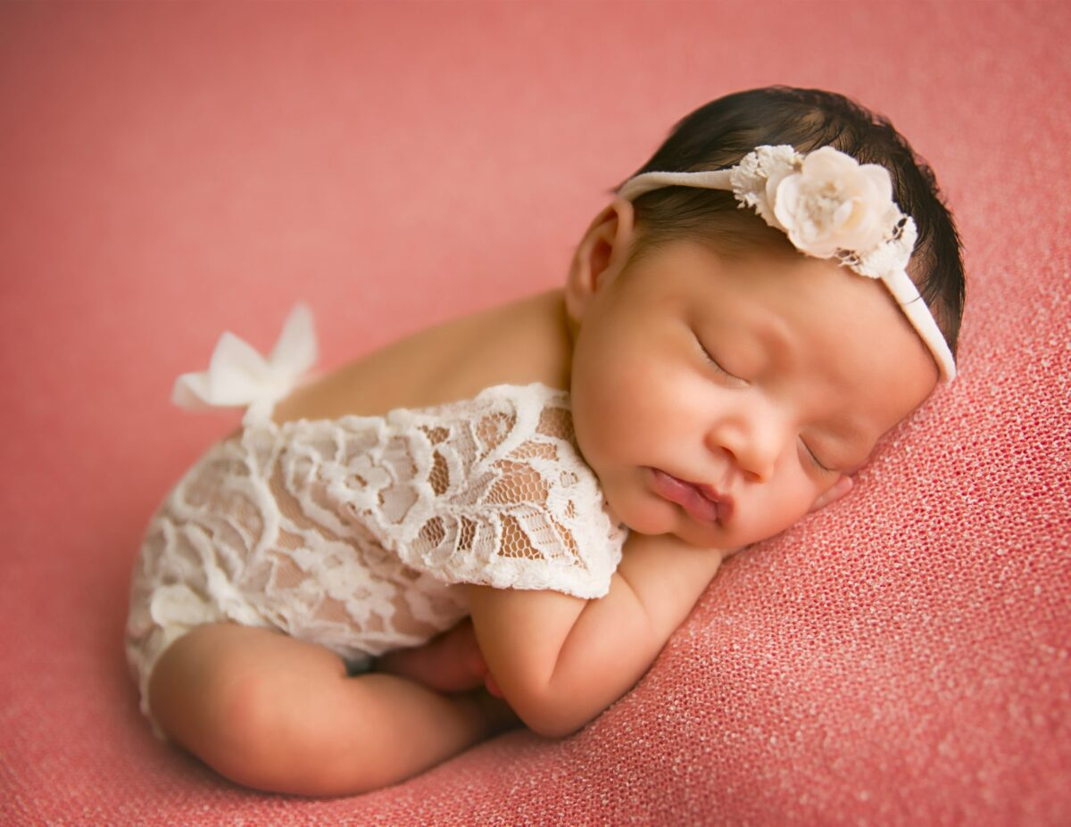 Carrie-Collins-Bethesda-Newborn-Photographer-1-38