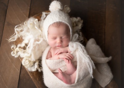 Carrie_Collins_Newborn_RML-845A0095-Edit
