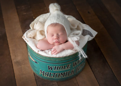 Carrie_Collins_Newborn_RML-845A0097-Edit